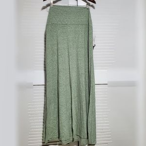 LuLaRoe | 2XL Maxi Skirt Cotton Solid Green NEW